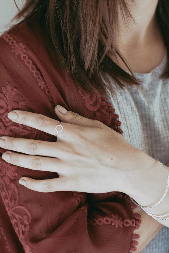 tulsa-circle-hand